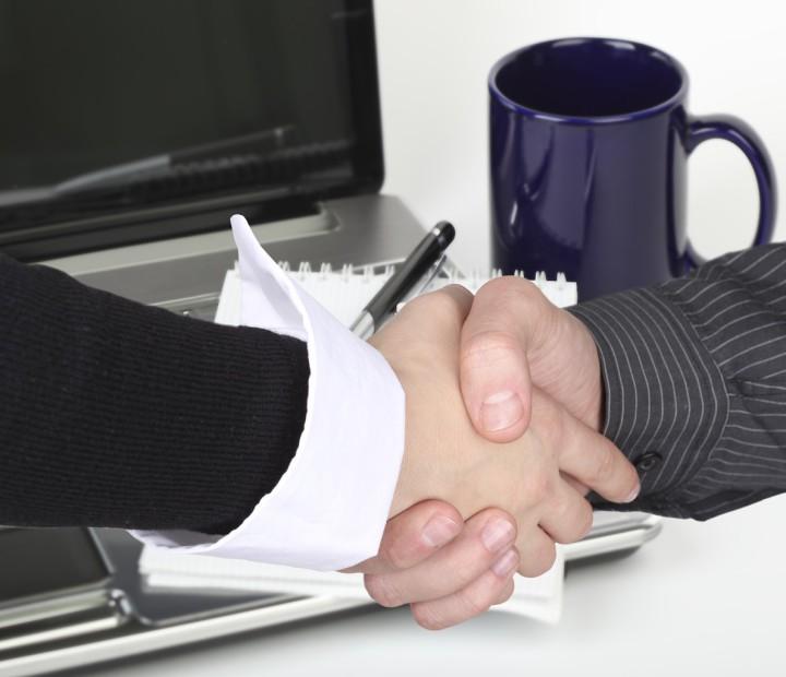 Poignée de main négociation