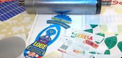 Outil de découpe d'étiquettes et découpe d'adhésifs